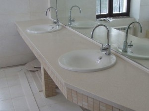 Мебель для ванных комнат от студии мебели Антураж